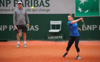 Simona Halep ia o decizie neasteptata la Roland Garros: Renunta la un membru din staff si-l inlocuieste cu roboti