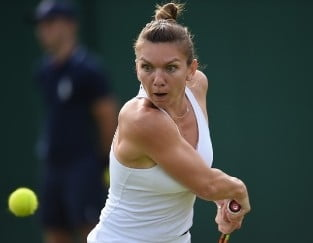 Simona Halep se califica in sferturi la Wimbledon dupa un meci de mare lupta