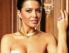 Simona Patruleasa, lucrata de Casa Regala