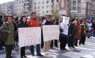 Sindicalistii de la Dacia protesteaza