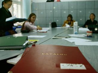 Sindicatele vor sesiza Avocatul Poporului privind reducerea posturilor din preuniversitar