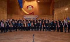 "Singurul elev din Timisoara admis la ""Oxford for Romania"" este de la Colegiul National de Arta ""Ion Vidu"""