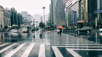 Sistemul de credite sociale face victime in China: oamenii nu mai pot sa calatoreasca cu trenul sau avionul sau sa obtina un job bine platit