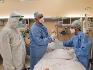 Sistemul sanitar din Romania, doborat de numarul mare de infectari Covid-19. Pacientii mor asteptand un pat la ATI