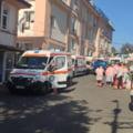 Situație crâncenă la unitatea de urgențe din Iași: bolnavii COVID își fac nevoile în saci de plastic, așteptând în ambulanțe internarea