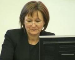 Situatia la CNA ramane ciudata: Laura Georgescu nu-si da demisia, dar isi deleaga atributiile