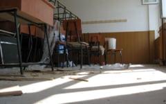 Situatie trasa la indigo in judetul Olt: o treime dintre unitatile scolare din judet sunt in ilegalitate
