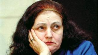 Slefuitorii de cuvinte / Medalion literar - Leonida Lari