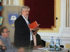 Slefuitorii de cuvinte / Medalion literar - Victor Munteanu