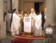 Slujba de Inviere a fost oficiata in premiera fara credinciosi (Video) - Traditii si obiceiuri de Paste, cea mai veche sarbatoare a crestinatatii