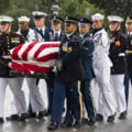Slujba memoriala impresionanta pentru senatorul John McCain. Mama, in varsta de 106 ani, a luat parte la ceremonie (Foto)