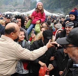 Sociolog: Traian Basescu ar putea recastiga increderea romanilor - Interviu