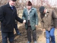 Socrul lui Basescu se cearta cu primarul Sucevei