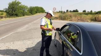 Sofer lasat fara permis si amendat dupa ce a condus cu 124 de km/h pe strada Pitesti din Slatina