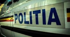 Sofer oprit cu focuri de arma de politisti