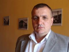 Sofer sechestrat de patronul sau, omul de afaceri, Emil Bercea. Barbatul intntiona sa plece din firma, aspect care l-a nemultumit pe patron