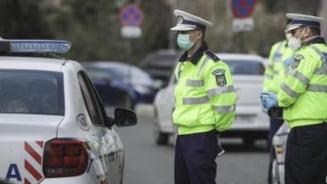 Soferul baut ce a intrat cu masina intr-un imobil pe bulevardul Decebal, retinut de politisti