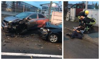 Soferul care a avariat 12 masini in Brasov este fiul omului de afaceri Sever Muresan. Avea o alcoolemie de 2.20 mg/litru VIDEO