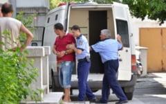 Soferul care a incercat sa mituiasca trei politisti, condamnat la inchisoare cu suspendare si munca in folosul comunitatii