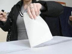 Softul pentru alegeri va fi cumparat prin negociere directa