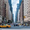 Soluția găsită de administrația din New York pentru a înlocui cadrele medicale nevaccinate COVID. 72.000 de lucratori riscă să-și piardă locul de muncă
