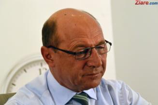 Solutia lui Basescu la proteste: Daca Iohannis nu face mediere, sa mearga Tudose in strada