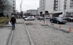 Solutie pentru imbunatatirea traficului din Buzau. Se taie din trotuare, pentru a mari spatiile de parcare sau carosabilul
