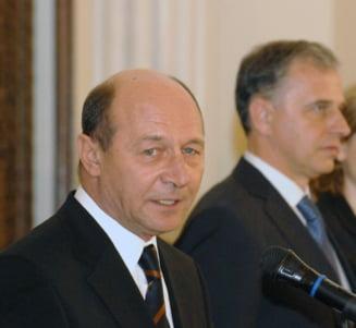 Sondaj CSOP: Basescu si Geoana intra in turul doi