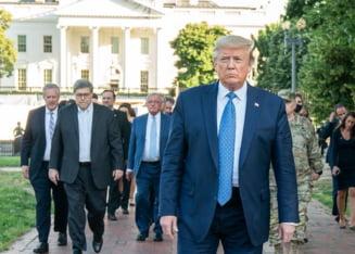 Sondaj al Institutului Gallup: Popularitatea lui Donald Trump a scazut cu 10 la suta in ultima luna