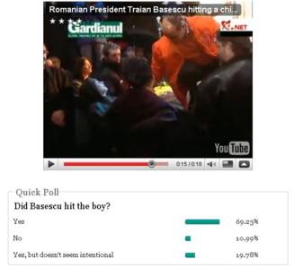 Sondaj in presa din SUA: L-a lovit Basescu pe copil?