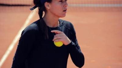 Sorana Cirstea, eliminata de la Roland Garros de o tenismena aflata in afara Top 100 WTA