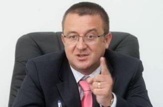 Sorin Blejnar, la DNA: Le-am dat procurorilor documente pentru un dosar
