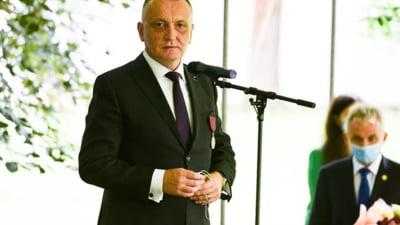 """Sorin Cîmpeanu: """"Este posibil ca în București, la jumătatea lunii octombrie, școlile vor trece în online"""". Localitățile în care se învăța online de luni"""