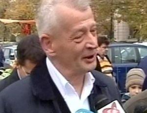 Sorin Oprescu: Autostrada suspendata o sa treaca peste casa lui Basescu