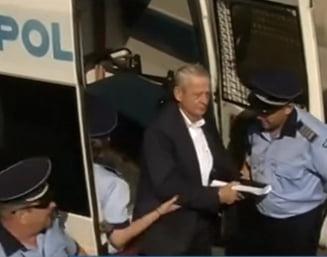 Sorin Oprescu a ajuns la spital si ramane internat peste noapte (Video)