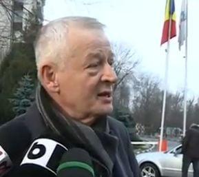Sorin Oprescu se intoarce oficial la serviciu: Am mai operat, dar n-am spus de frica voastra (Video)