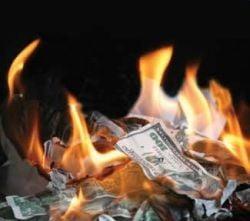 Sotia lui Madoff a retras milioane dolari inainte de arestarea acestuia