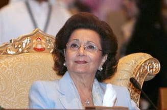Sotia lui Mubarak a suferit un infarct dupa ce a fost emis ordinul de retinere