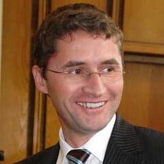 Sotul Monicai Iacob-Ridzi a demisionat din toate functiile din PDL