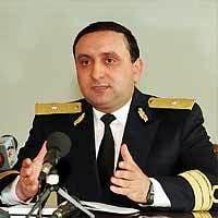 Sova si Hrebenciuc, urmariti penal: Perchezitii la fostul sef al SPP, Dumitru Iliescu