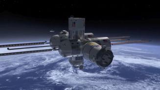 SpaceX anunta primul sau client pentru o calatorie in jurul Lunii