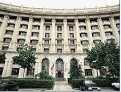 Spalare de bani de 7 milioane de lei cu ajutor de la Finante Sector 3