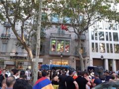Spania: Mii de persoane au protestat in Catalonia dupa ce liderul separatist Quim Torra a fost suspendat din functie