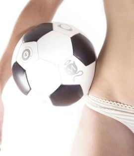 Spaniolii prefera fotbalul in locul sexului