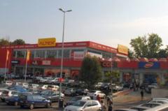 Spargere la magazinul Altex din Slatina