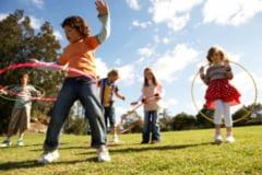 Spectacole, concursuri cu premii si distractie, pentru copii, de 1 IUNIE