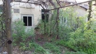 Spitalul din Saveni, in stare avansata de degradare
