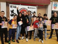 Sportivi botosaneni, premiati la Campionatul National de Kick Boxing K1, de la Galati! FOTO