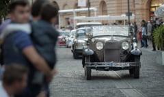 "Spumoasele masini istorice dintre anii 1905-1985 vor ""goni"" cu 80 km/h - la Sibiu Rally Challenge"