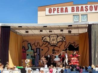 Stagiunea estivala a Operei Brasov continua, in Piata Sf. Ioan, cu un spectacol de balet pentru copii
